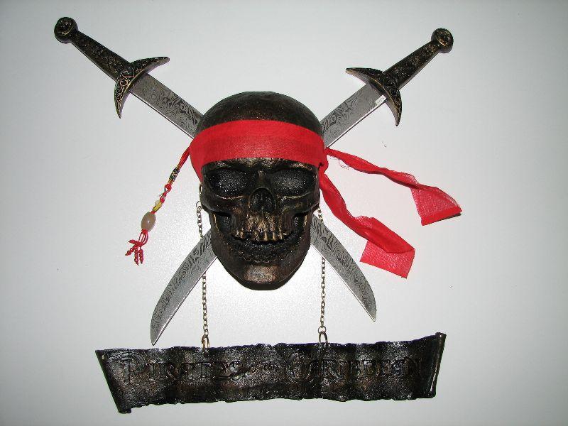 foto Lebka a meče Piráti z karibiku